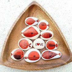 #handmade #stone #stonepainting #stonelovers #rock #fish #poisson #unico…