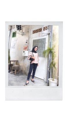 #ootdhijab Ootd Hijab, Gallery Wall, Frame, Home Decor, Picture Frame, Decoration Home, Room Decor, Frames, Home Interior Design