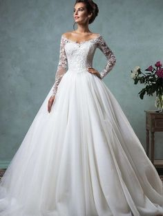 Cheap robe de mariage, Buy Quality modern bride directly from China bridal gown Suppliers: High Quality Modern Bride Gowns Lace Long Sleeves Off the Shoulder Ball Gown Wedding Dress Bridal Gowns Vintage Robe De Mariage Popular Wedding Dresses, Disney Wedding Dresses, 2016 Wedding Dresses, Bridal Dresses, Dress Wedding, Trendy Wedding, Wedding Ideas, Lace Sleeve Wedding Dress, Tulle Wedding