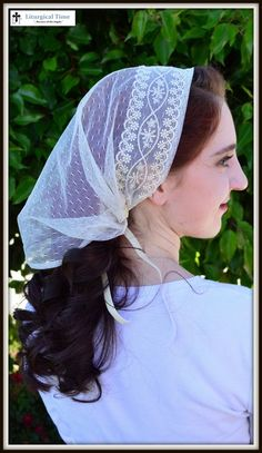 Head Cover - SCT32 - Christian Headcovering Headband Headscarf with Ties in off-white with Gold Trim
