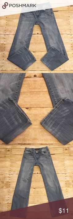 🍷Denim Seven 7 jeans, bootcut, size 4 Good condition Seven 7 jeans. Bootcut, size 4. They have been worn quite a few times, but plenty of life left in them! Inseam- approximately 30.5 inches. Seven7 Jeans Boot Cut