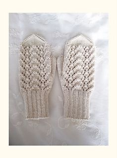 These mittens are super fast to knit and have a little lace in the front.