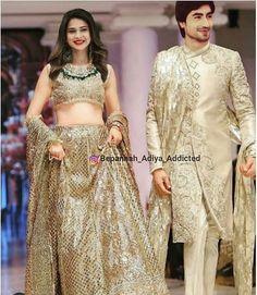 Bepanah 💕💕💕 Pakistani Formal Dresses, Pakistani Bridal Wear, Indian Dresses, Indian Bridal Outfits, Indian Party Wear, Indian Wear, Moda Indiana, Tashan E Ishq, Afghan Dresses