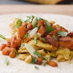 Start your day on the right foot with an egg & sweet potato burrito! Made with Lactaid Milk, this breakfast will save your mornings. #ad Sweet Potato Burrito, Eggs And Sweet Potato, Sweet Potato Breakfast, Healthy Food Blogs, Healthy Foods To Eat, Healthy Recipes, Brunch Recipes, Breakfast Recipes, Food Carving