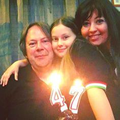 #buongiornomondo !!! Ieri il mio amore ha compiuto 47 anni  e quindi #fotodirito con #torta e #candeline!!!    #fotodifamiglia #famiglia #selfie #selfiegram #familyselfie #instafamily #familia #familypic #family #familytime #happybirthday #happybirthdaytoyou #buoncompleanno #buoncompleannoamoremio #tantiauguri #bestwishes #instagrammers #igers #birthdaycandles #tantoamore