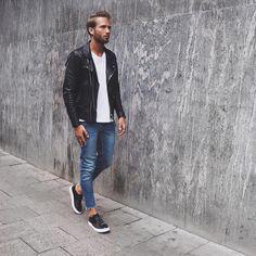 Simplr • Instagrammer erik.forsgren in a black leather...