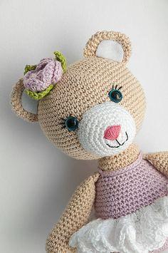 ZuzanaHdesigns | RTS Hello Kitty, Crochet Hats, Teddy Bear, Toys, Handmade, Animals, Character, Art, Amigurumi