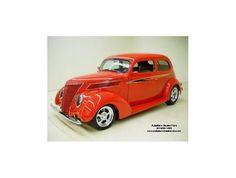 1937 Ford Sedan