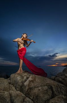 Violinist by Hendro Hioe on 500px