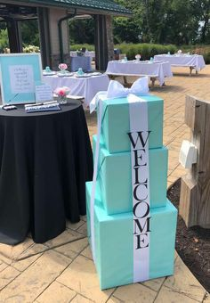 116 Graduation Party Ideas Your Grad Will Love For 2019 Shutterfly Graduation Party Planning, College Graduation Parties, Graduation Party Decor, School Parties, Grad Parties, Graduation Ideas, Graduation Gifts, Nursing Graduation, Graduation Quotes