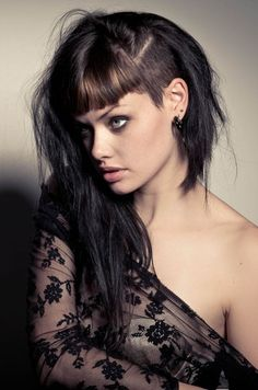 The Best Hairstyles for Women with Thin Hair - The Trend Spotter Long Asymmetrical Hairstyles, Long Asymmetrical Bob, Asymmetric Hair, Thin Hair Haircuts, Hairstyles Haircuts, Pretty Hairstyles, Hair Styles For Women Over 50, Short Hair Styles, Haircut And Color
