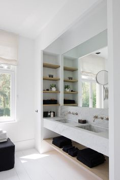 like the niche shelves on the side and the marble vanity - Modern Bathroom Bathroom Renos, Laundry In Bathroom, Bathroom Shelves, Bathroom Fixtures, Bathroom Storage, Bathroom Interior, Bathroom Black, Bathroom Ideas, Bathroom Marble