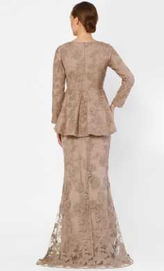 The Peplum Kurung with Full Dahlia Lace in Sand Muslim Wedding Dresses, Designer Wedding Dresses, Bridesmaid Dresses, Formal Dresses, Muslim Brides, Wedding Hijab, Baju Kurung Moden Lace, Kebaya Dress, Kebaya Hijab