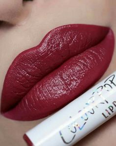 31 Beautiful Lipstick Shades You Should Try - beautiful lip makeup ,lipstick color ,lip arts Lipstick Shades, Lipstick Colors, Makeup Lipstick, Lip Colors, Lipsticks, Gold Lipstick, Lipstick Kiss, Velvet Lipstick, Nice Lips