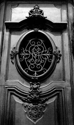 alicenin:    Door detail, Madrid (Spain)  by Alice Nin