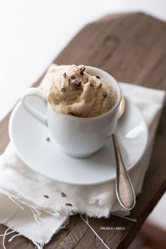Gesundheitshipsterblogpost: Schnellstes Bananen-Mandel-Eis ohne Eismaschine {Nice Cream}