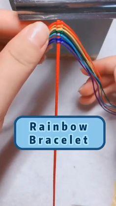 Diy Crafts To Do, Diy Crafts Hacks, Diy Crafts Jewelry, Bracelet Crafts, Cute Crafts, Diys, Diy Bracelet Designs, Diy Bracelets Patterns, Diy Bracelets Easy