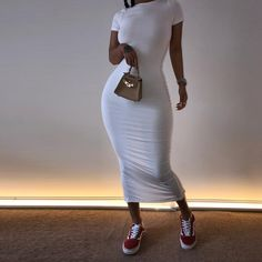 The white model of this dress will make you look BOMB! Cute Casual Outfits, Chic Outfits, Girl Outfits, Fashion Outfits, Aesthetic Fashion, Look Fashion, Aesthetic Clothes, Luxury Fashion, Tee Dress