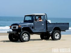 1977 FJ45 Cruiser. I need this and a Porsche Speedster.