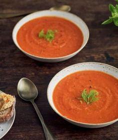 Krémové polévky jsou velmi oblíbené. Jejich hladivá struktura je zvláště v zimě vyloženě příjemná. Struktura, Seitan, Tofu, Thai Red Curry, Ethnic Recipes