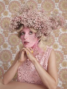 Mad Hatter: 11 avant-garde bonnets for Easter | HUNGER TV Fashion Tv, Fashion Story, Face Lace, Hunger Magazine, Illusion Art, Race Day, Flower Fashion, Editorial Photography, Creative Art