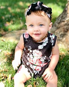 44b8fc90cf25 Amazon.com  Oklady Baby Girls Clothes Floral Summer Sleeveless Tassel Beach  Romper with Headband  Clothing