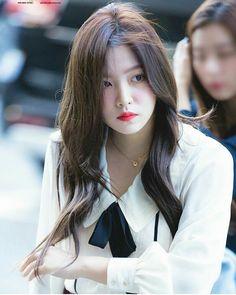 Yeri red velvet - a little bit like Naeun Seulgi, Park Sooyoung, Korean Girl, Asian Girl, Korean Idols, Rapper, Kim Yerim, Red Velvet Irene, Single Women