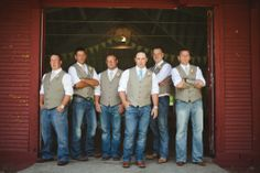 Groom and groomsmen, bridal party posing