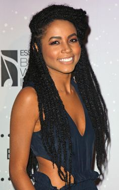Latest Marley twists are one of the most Fashionable and protective Braided hairstyles. Marley Braids, Marley Hair, Long Marley Twists, Bob Marley, Vida Natural, Pelo Natural, Natural Braids, Natural Twists, My Hairstyle