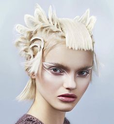 Fashion Braids #braids #braidstyles #braidstylist #stylist #hairstylist #hairstyle #hairinspo #hairgoals #braids # ramonakrieger #hairart #hairfashion #love2Braid #vlechten #vlechtkapsels Creative Hairstyles, Cool Hairstyles, Braid Styles, Short Hair Styles, Avant Garde Hair, Foto Fashion, Bright Blonde, Editorial Hair, Hair Magazine