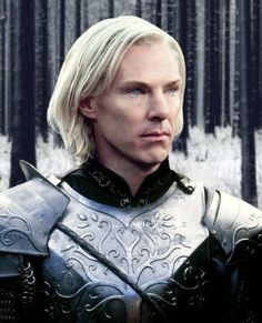 Benedict like an Elf.? .... more like brienne of tarth