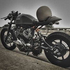 «@caferacergram  by CAFE RACER www.facebook.com/caferacers #caferacergram #caferacer #caferacers | 'Perseus' XV1100 Virago by @zeuscustom | *See more of…»