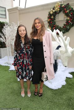 Reunited: Sofia Vergara reunited with her young Modern Family co-star Aubrey Anderson-Emmons at the Brooks Brothers holiday celebration on Sunday in Los Angeles Haley Modern Family, Modern Family Quotes, Modern Family Sofia Vergara, Aubrey Anderson, Morden Family, Lilliana Ketchman, Top Tv Shows, Netflix, The Mindy Project