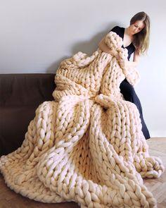 1,396 vind-ik-leuks, 7 opmerkingen - Ohhio (@ohhio) op Instagram: 'Size does matter. 💪' Merino Wool Blanket, Bed, Instagram, Wool Blanket, Stream Bed, Beds, Bedding