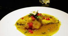 ψάρι με κρεμμύδια, ξίδι και σαφράν της Σμύρνης - Pandespani.com Thai Red Curry, Meat, Chicken, Cooking, Ethnic Recipes, Food, Kitchen, Essen, Meals