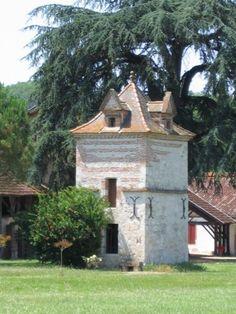 Lalande, Tarn et Garonne pigeonnier rénové.