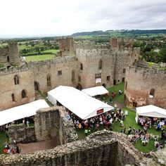 Ludlow Castle: Food Festival  - If I lived in England I would so...good to this! WOW!