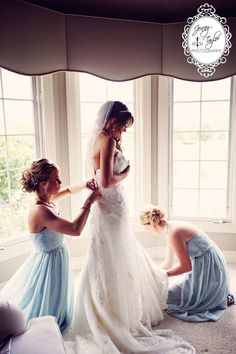 Jenny Taylor Wedding Photography Frankfort | Bride getting dresses. Pretty blue bridesmaids dresses