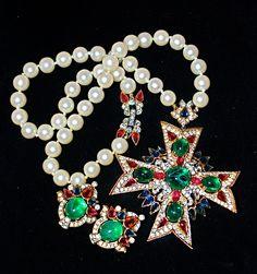 Vintage Alfred PHILIPPE Crown TRIFARI Jewels of INDIA Pearl Rhinestone Necklace & Earrings