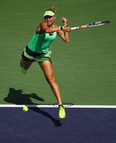 Blog Esportivo do Suíço:  Em final russa, Vesnina bate Kuznetsova e é campeã de Indian Wells