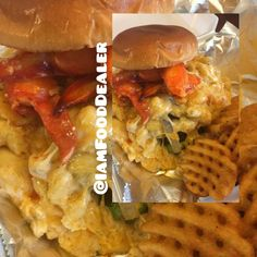 Juice Burger topped with Cheesy Lobster Mac. Seafood, Juice, Mac, Chicken, Sea Food, Juices, Juicing, Poppy, Cubs