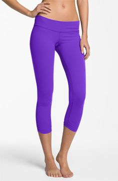 Beyond Yoga Gathered Capri Leggings Womens Neon Green | { fitspo ...