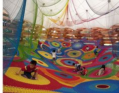 Playground / Public art made by textile artist Toshiko Horiuchi MacAdam. Think this one is from Hakone Sculpture Park in Sapporo, Japan. Yarn Bombing, Atelier Architecture, School Architecture, Guerilla Knitting, Cool Playgrounds, Japanese Crochet, Indoor Playground, Playground Design, Playground Ideas