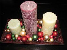 centro-de-mesa-navidad-velas-bolas-fuente.jpg (700×525)