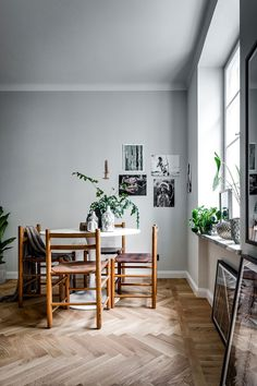 This 430 square feet apartment in Stockholm is perfection. I like to share small spaces in the blog because they could be challenging from a design perspective and not everybody lives in huge three…