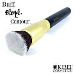 Buff, blend and contour with our highly rated flat kabuki brush.
