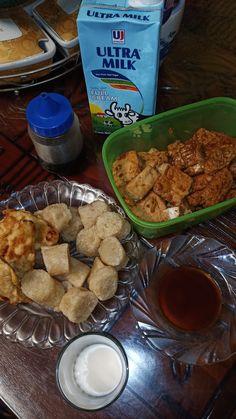 Food N, Food And Drink, Snap Food, Beverages, Drinks, I Love Food, Bff, Ootd, Neon