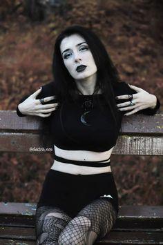 b3b9284c9e A(z) Electra Nox nevű tábla 21 legjobb képe | Gothic clothing ...