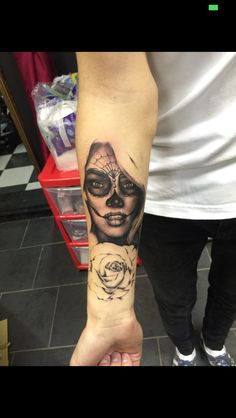 First sitting of my tatto #dayofthedead