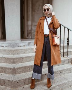 womens winter outfits for work Simple Hijab, Hijab Casual, Hijab Style, Hijab Chic, Hijab Outfit, Modern Hijab Fashion, Muslim Fashion, Modest Fashion, Korean Fashion